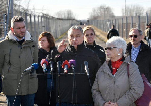 [Bild: Orban-und-Pellegrini-an-der-S%C3%BCdgren...40x450.jpg]