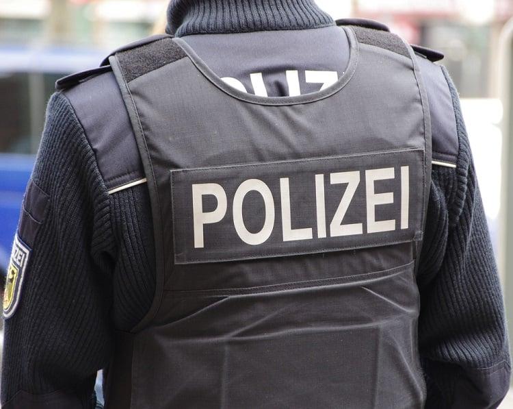Ermittlungsverfahren gegen Corona-Polizisten: Anzeige wegen versuchten Totschlags