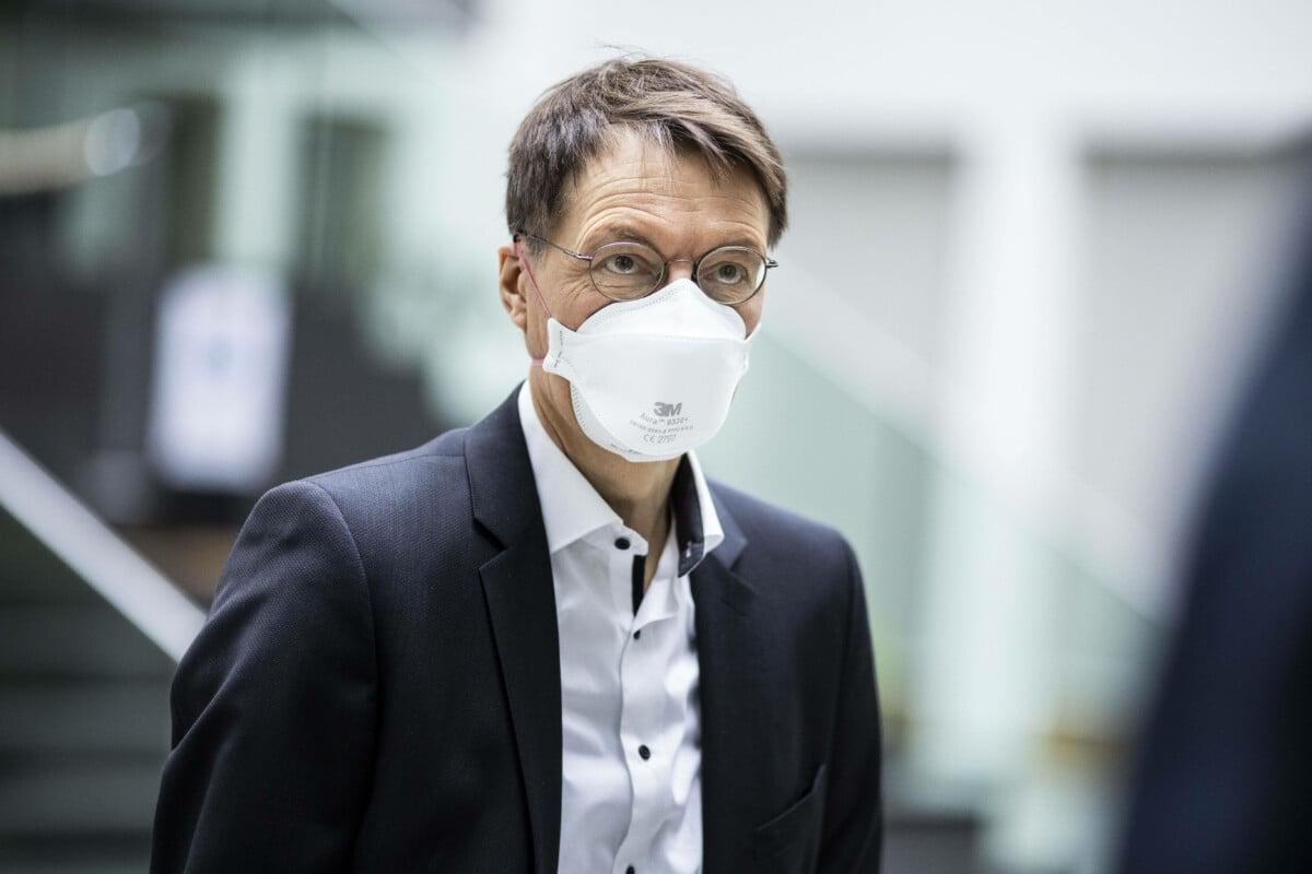 """""""Hassredner"""" Lauterbach hetzt mit Linksradikalen gegen Querdenker"""