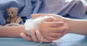 Krankgeimpft? (Symbolbild: shutterstock.com/Von Beenicebeelove)