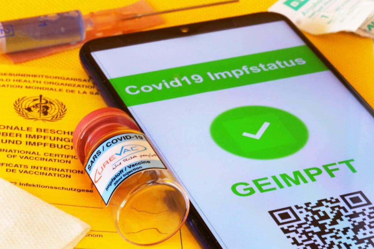 Nächstes Einfallstor für Riesenbetrug? Holpriger Start der digitalen Impfzertifikate